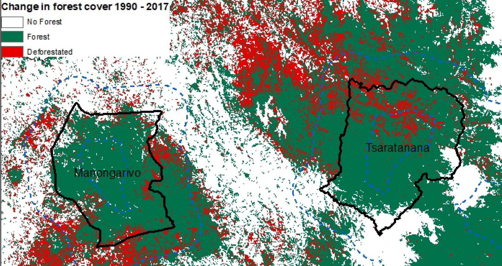change in forest cover of the land surface in Madagascar from 1990 to 2017.